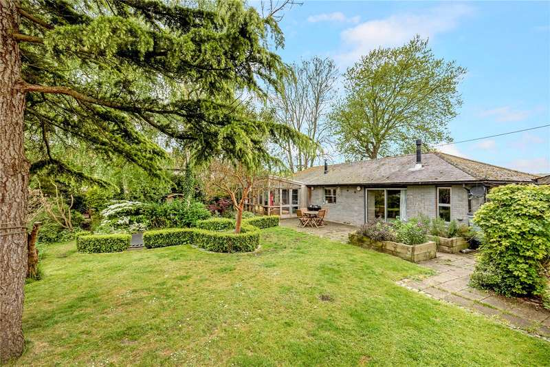 4 Bedrooms Detached Bungalow for sale in Charlton, Chichester, West Sussex, PO18