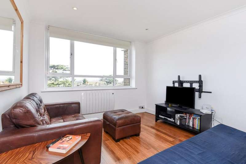 2 Bedrooms Flat for sale in Victoria Drive, Southfields, SW19