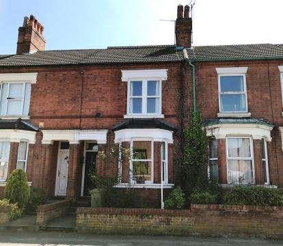 3 Bedrooms Terraced House for sale in Green Lane, Wolverton, Milton Keynes, Buckinghamshire