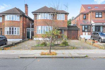 4 Bedrooms Detached House for sale in Southover, London