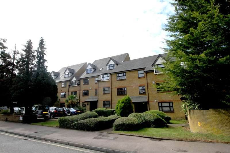 2 Bedrooms Flat for sale in Albemarle Road, Beckenham
