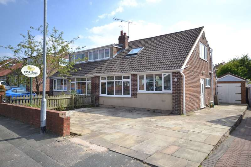 4 Bedrooms Semi Detached House for sale in Ryecroft Close, Outwood, Wakefield