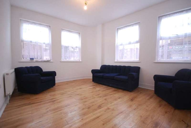 2 Bedrooms Flat for sale in Capworth Street, Leyton
