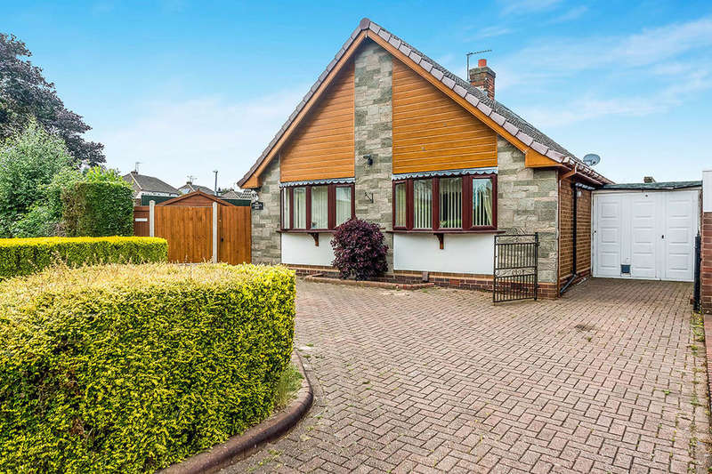 3 Bedrooms Detached Bungalow for sale in Haden Road, Tipton, DY4