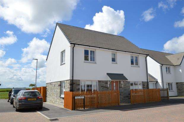 4 Bedrooms Detached House for sale in Figgy Road, Quintrell Downs, Newquay, Cornwall