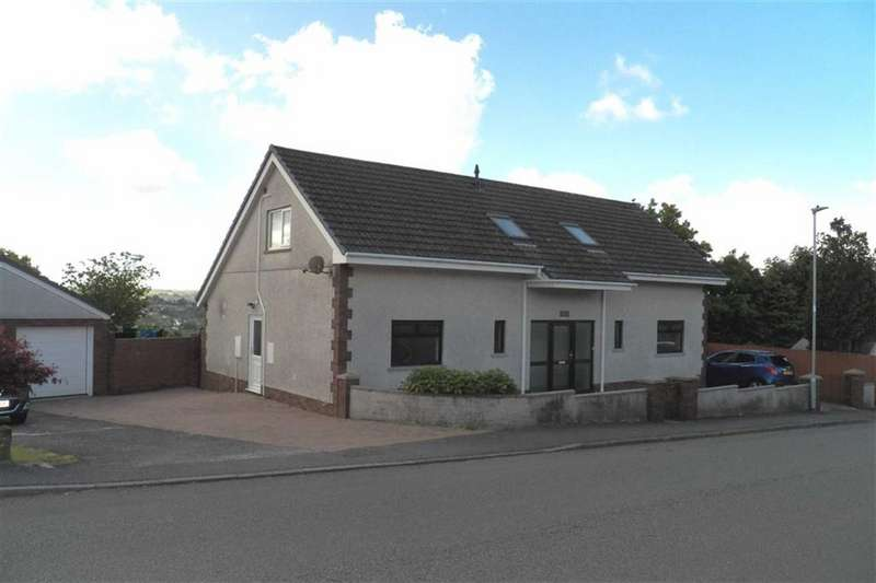 3 Bedrooms Property for sale in Llwyn Meredith, Carmarthen