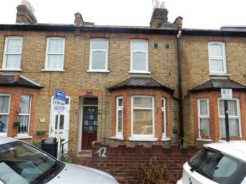 3 Bedrooms Property for sale in Grosvenor Road, Hounslow