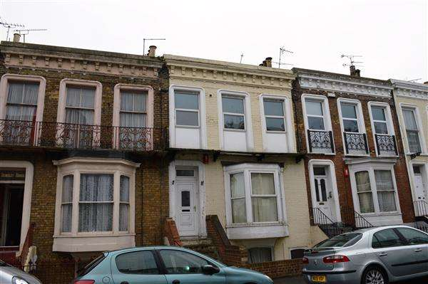 2 Bedrooms Apartment Flat for sale in Ethelbert Road, Margate