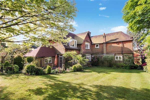 5 Bedrooms House for sale in Fox Hill, Boundary Road, Grayshott