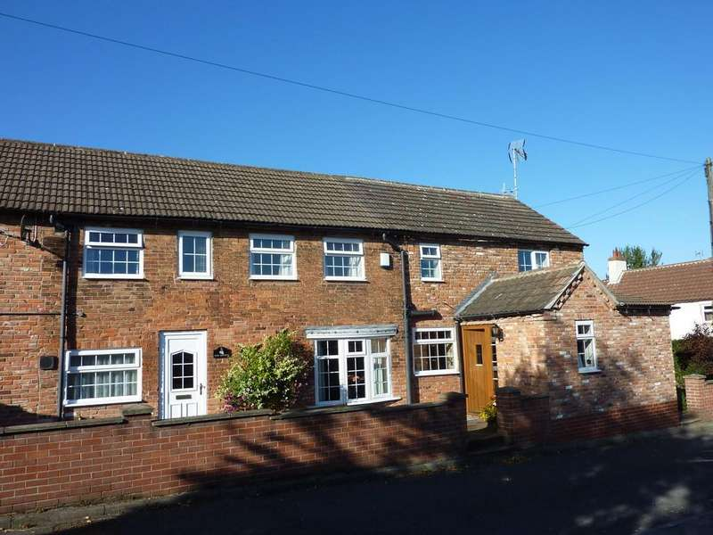 3 Bedrooms Semi Detached House for sale in Ollerton Road, Tuxford