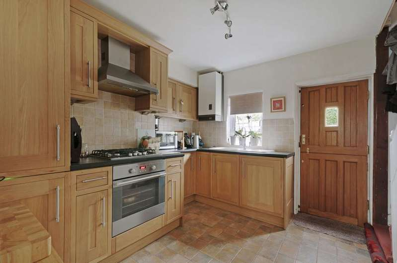 2 Bedrooms Cottage House for sale in The Street, Doddington