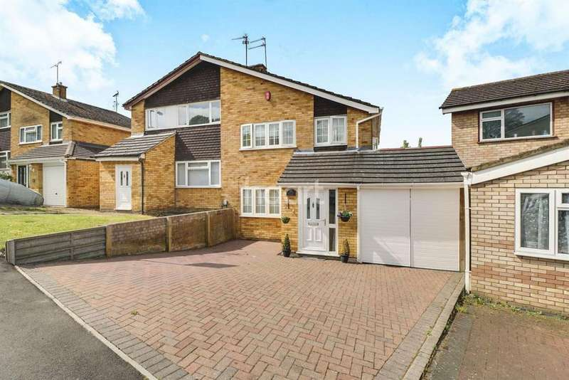 3 Bedrooms Semi Detached House for sale in Splendid In St Annes