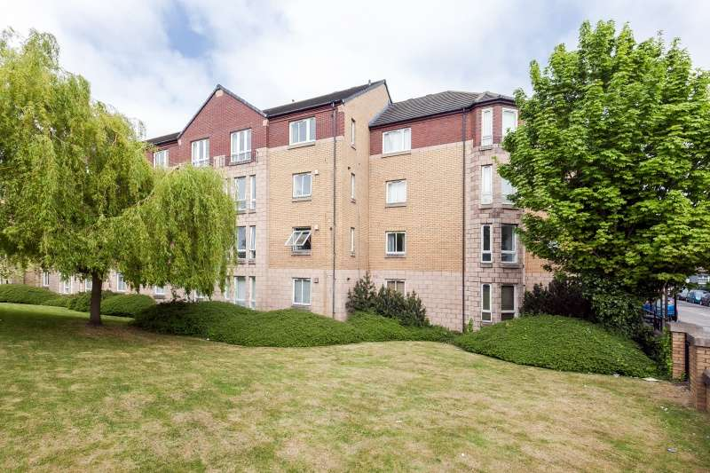 1 Bedroom Flat for sale in Moray Park Terrace, Meadowbank, Edinburgh, EH7 5TH