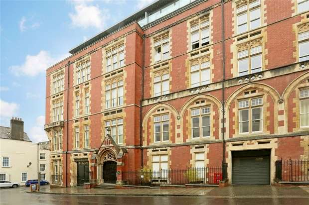 2 Bedrooms Flat for sale in 10 Unity Street, Bristol