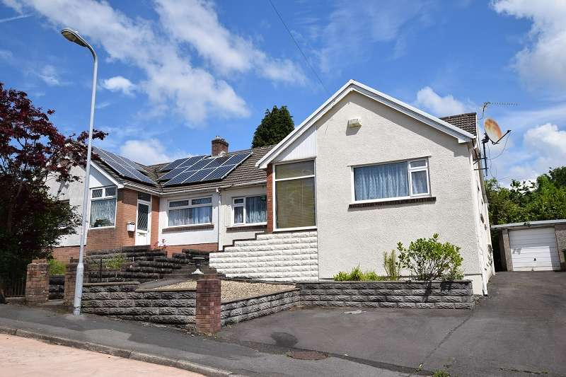 5 Bedrooms Semi Detached House for sale in Caer Wenallt , Pantmawr, Cardiff. CF14 7TJ