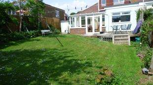 4 Bedrooms Bungalow for sale in Bevendean Avenue, Saltdean, East Sussex