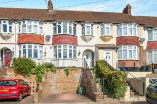 3 Bedrooms Terraced House for sale in Jersey Road, Rochester, Kent, .