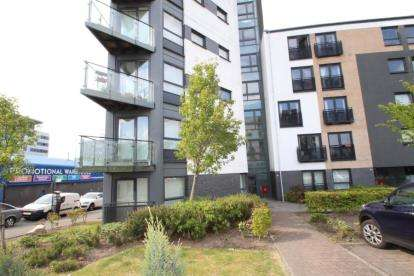 1 Bedroom Flat for sale in Firpark Court, Dennistoun, Glasgow