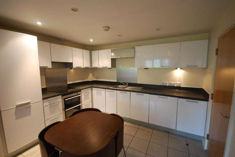 2 Bedrooms Flat for sale in LAPIS CLOSE, LONDON, NW10 7FH