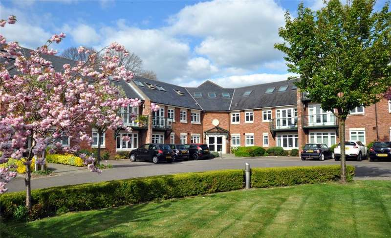 1 Bedroom Apartment Flat for sale in William Cawley Mews, Broyle Road, Chichester, West Sussex, PO19