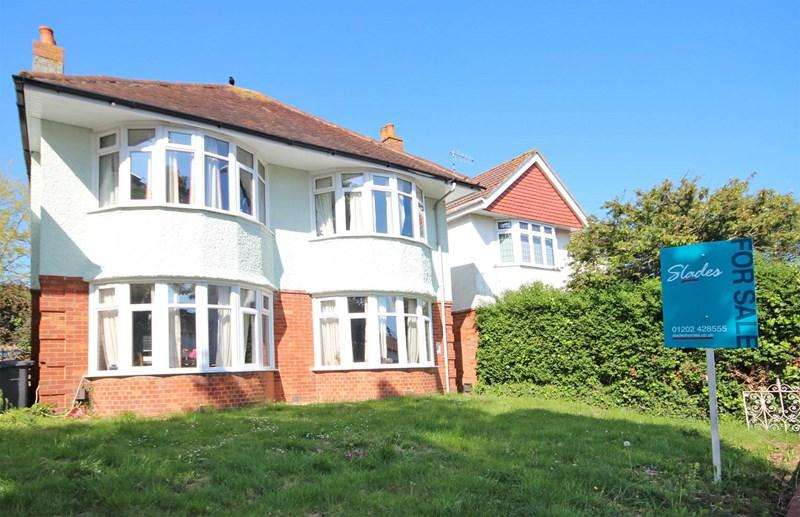 3 Bedrooms Detached House for sale in Tuckton Road, Tuckton, Bournemouth