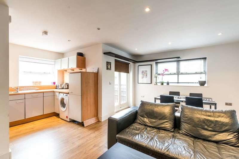 2 Bedrooms Flat for sale in Ascalon Street, Nine Elms, SW8