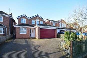 4 Bedrooms Detached House for sale in Avon Way, HILTON DE65 5HB