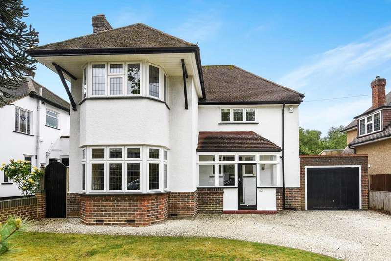 3 Bedrooms Detached House for sale in Copse Avenue West Wickham BR4