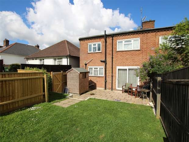 1 Bedroom Flat for sale in Moor View Road, Oakdale, POOLE, Dorset