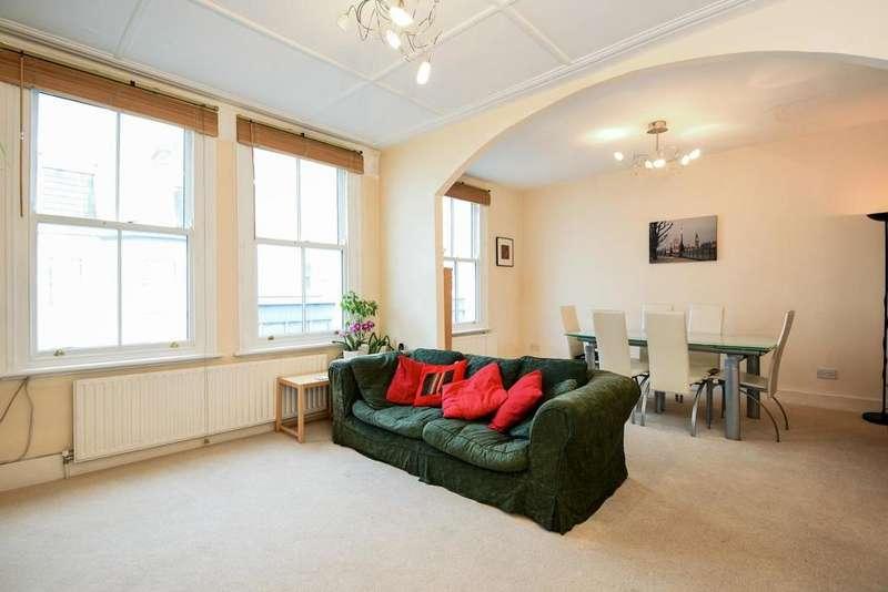 3 Bedrooms Maisonette Flat for sale in Dawes Road, Fulham, SW6