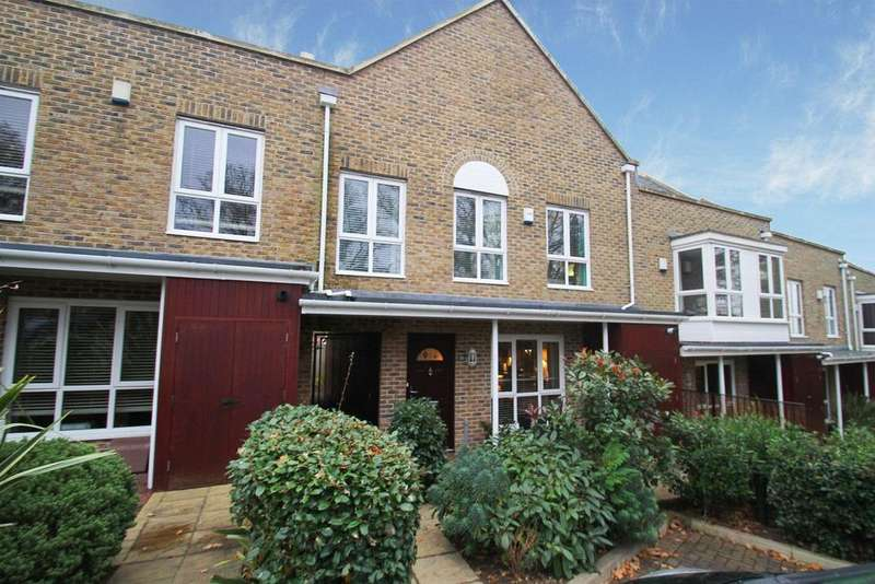 4 Bedrooms Mews House for sale in Sunnyfield Rise, Bursledon, southampton, Hampshire SO31