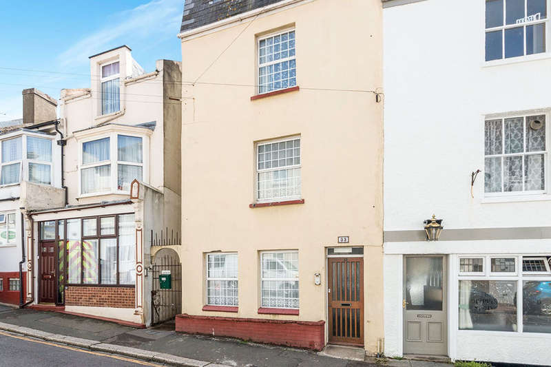 2 Bedrooms Flat for sale in Tower Road, St. Leonards-On-Sea, TN37