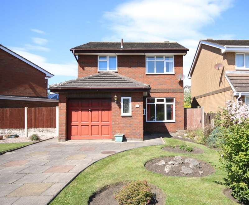 3 Bedrooms Detached House for sale in Ruddington Road, Kew, Southport