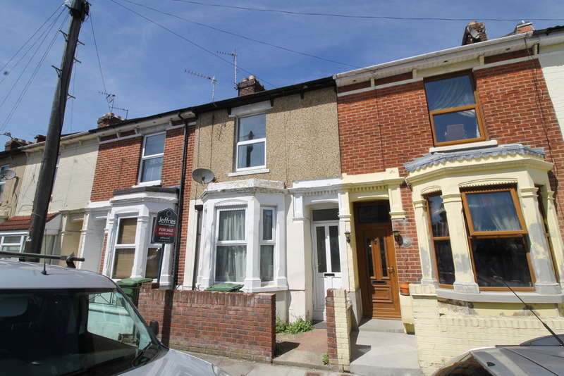4 Bedrooms Terraced House for sale in Grayshott Road, Southsea