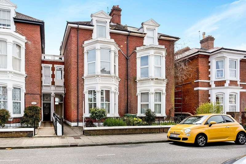 1 Bedroom Flat for sale in St. Edwards Road, Southsea, PO5
