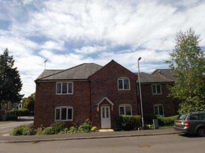 1 Bedroom Flat for sale in Colden Common, Winchester, Hampshire