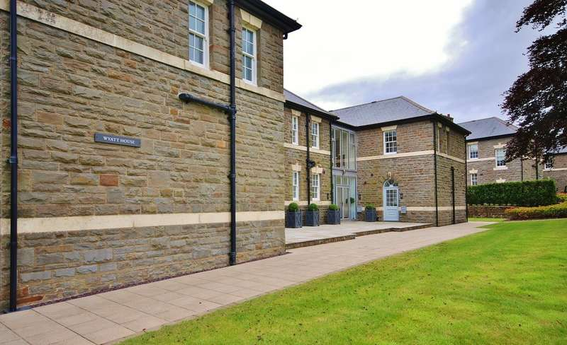 2 Bedrooms Flat for rent in Apartment 4 Wyatt House, Hensol Castle Park, CF72 8GH
