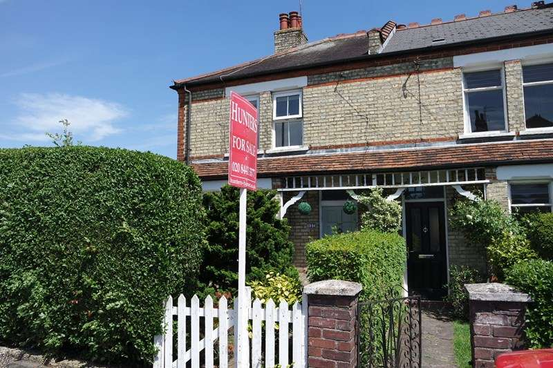 2 Bedrooms End Of Terrace House for sale in Victoria Road, New Barnet
