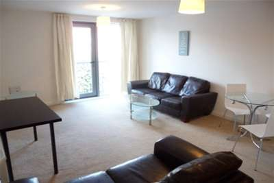 2 Bedrooms Flat for rent in Heathcoat House, Nottingham, NG1 7HD