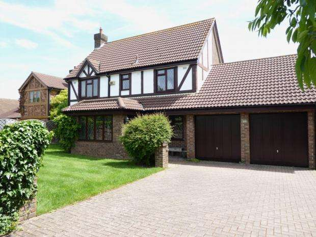 4 Bedrooms Detached House for sale in Littledown Drive Littledown Bournemouth