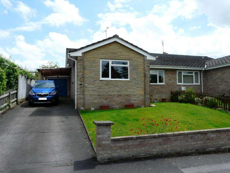 3 Bedrooms Semi Detached Bungalow for sale in Bourne Vale, Hungerford
