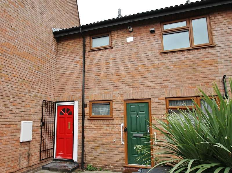 2 Bedrooms Flat for sale in LEYTONSTONE E11
