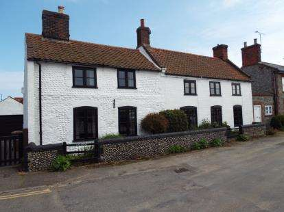 4 Bedrooms Detached House for sale in Bacton, Norwich, Norfolk