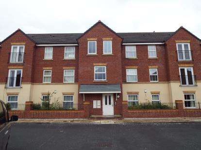 2 Bedrooms Flat for sale in Whitebarn Avenue, Manchester, Greater Manchester