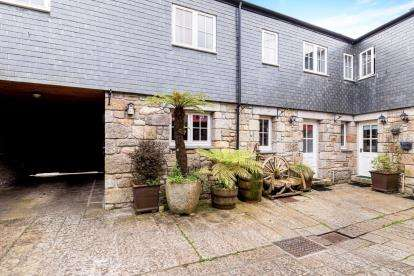 2 Bedrooms House for sale in Mount Street, Penzance, Cornwall