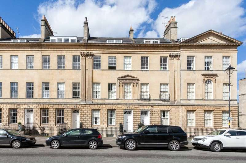 3 Bedrooms Maisonette Flat for rent in Great Pulteney Street, Bath