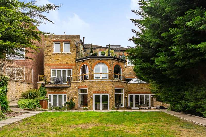 4 Bedrooms Detached House for sale in Friern Park, North Finchley, N12