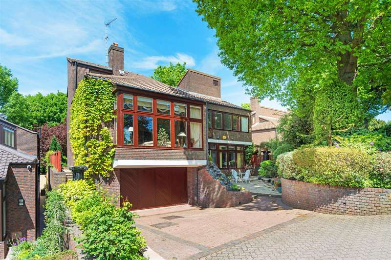 7 Bedrooms House for sale in Grange Gardens, Hampstead