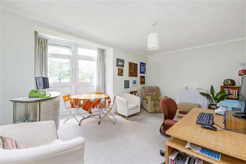 2 Bedrooms Property for sale in Langton House, London