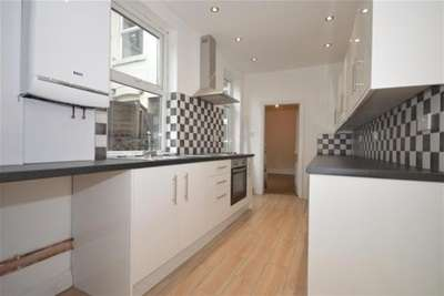 4 Bedrooms House for rent in Raven Road, Nether Edge, S7 1SB
